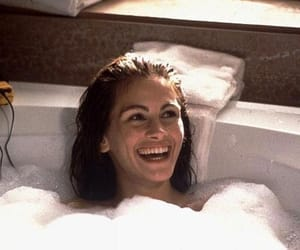 julia roberts, pretty woman, and movie image