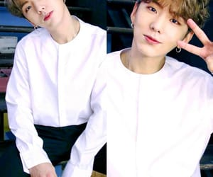 blonde hair, kihyun, and curly hair image