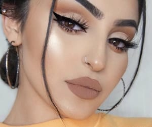 fille, makeup, and postbad image