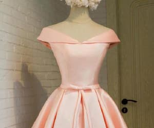 pink prom dress, short prom dress, and lace homecoming dresses image