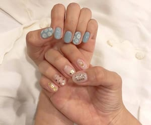 girl, nails, and inspo image