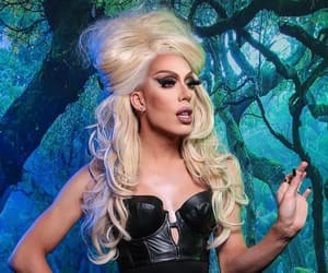 ru paul drag race and alaska thunderfvck image