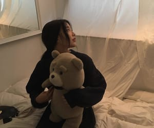 aesthetic, bear, and girl image