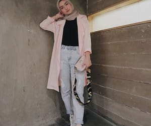 fashion, girl, and hijab image