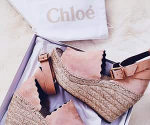 chloe and shoes image