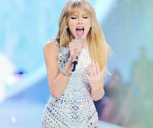 Taylor Swift, Victoria's Secret, and blonde image