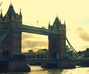 london, beautiful, and London bridge image