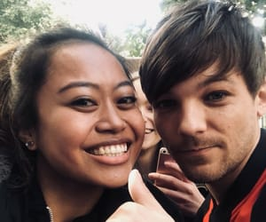 judge, louis tomlinson, and one direction image