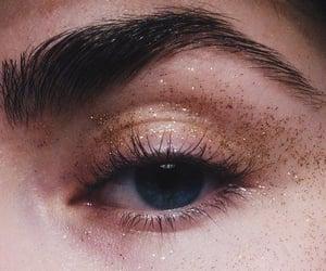 glitter and eye image