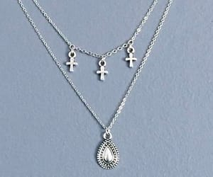 charm, tear drop, and teardrop image