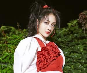 jieqiong, kyulkyung, and pristin image