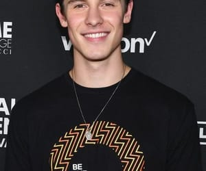 shawn, shawnmendes, and mendes image