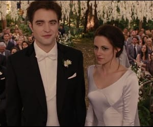 bella swan, edward cullen, and The Cullens image