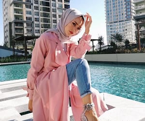 fashion, hijabista, and glitters image