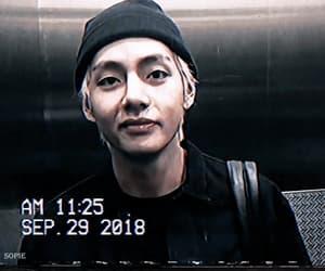 gif, kim seokjin, and kim taehyung image