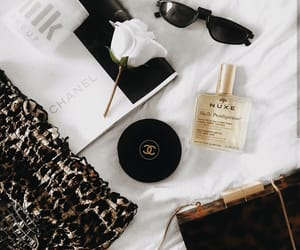 beauty, details, and essentials image