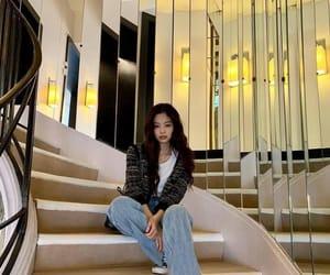k-pop, rose, and jisoo image