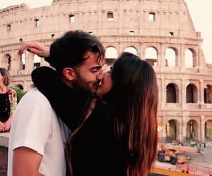 amor, coliseo, and italia image