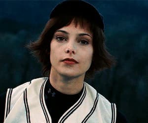 alice cullen, beauty, and gif image