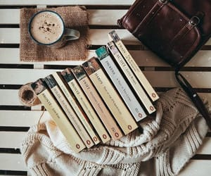 books and 📚 image