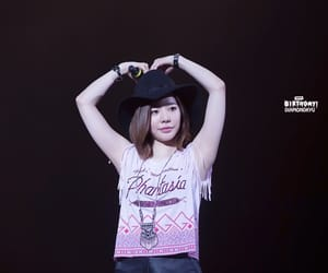 concert, girls generation, and Sunny image