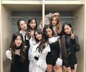girl, girl group, and clc image