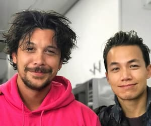 handsome, the 100, and bob morley image