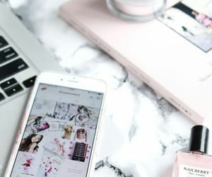 iphone, white, and pink image