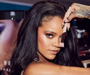 rihanna, fenty beauty, and makeup image
