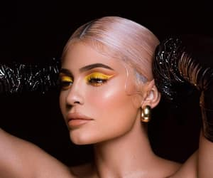 kylie jenner, jenner, and kylie cosmetics image