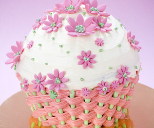 cupcakes and cupcakes on pitt image
