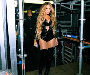 beyoncé and singer image