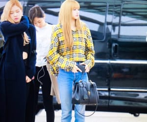 lisa, blackpink, and lisa airport image