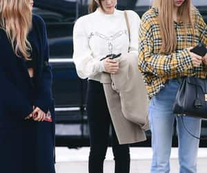airport, jennie, and fashion image