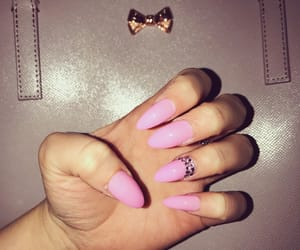 fashion, nails, and rosy image