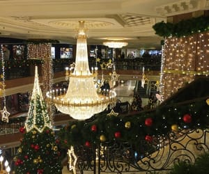 beauty, chic, and Christmas time image