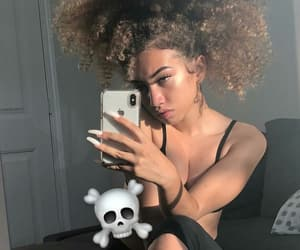 curly, girl, and baddie image