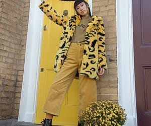 yellow, fashion, and girl image