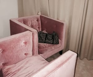 decor, pink, and purse image