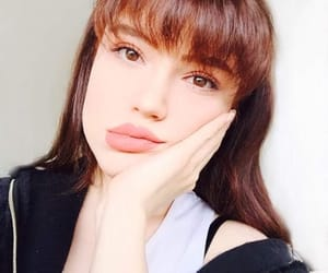 adorable, big lips, and cute girl image