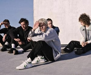 the neighbourhood and jesse rutherford image
