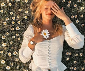girl, flowers, and daisy image