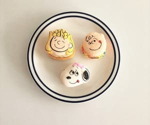 charlie brown, food, and french dessert image