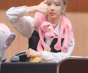 dreamcatcher, 김유현, and yoohyeon image