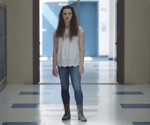 katherine langford and 13 reasons why image
