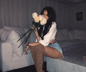 madison beer, flowers, and beauty image