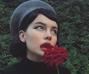 aesthetic, beret, and grunge image