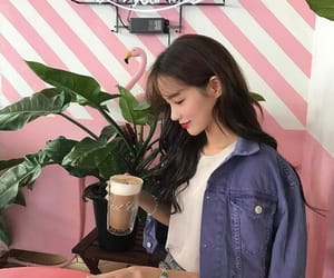 girl, ulzzang, and site models image