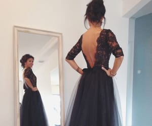 dresses, robes de bal, and Prom image
