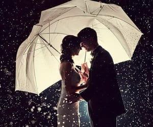 romantic couple winter wedding photo